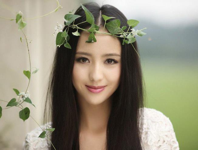 佟丽娅是新疆的什么民族,佟丽娅的新疆名字叫什么