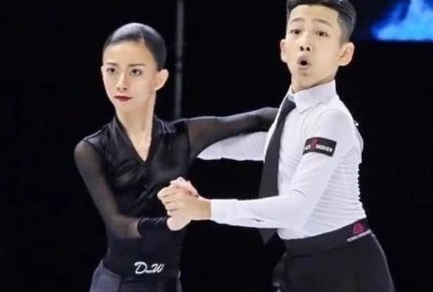 王崇墨李茉晗是什么关系:王崇墨为什么换舞伴