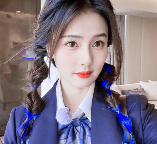 李沁演过白鹿原里的谁(2021白鹿许凯恋情八组)