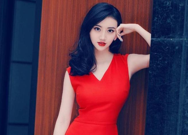 景甜出席活动上海(景甜签约哪个公司)