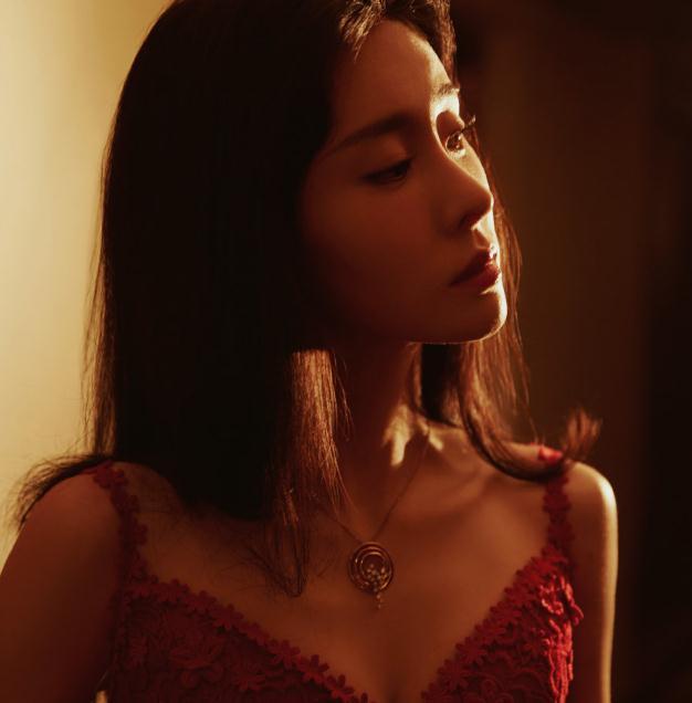 张碧晨合作过的男歌手(张碧晨翻唱英文歌曲)
